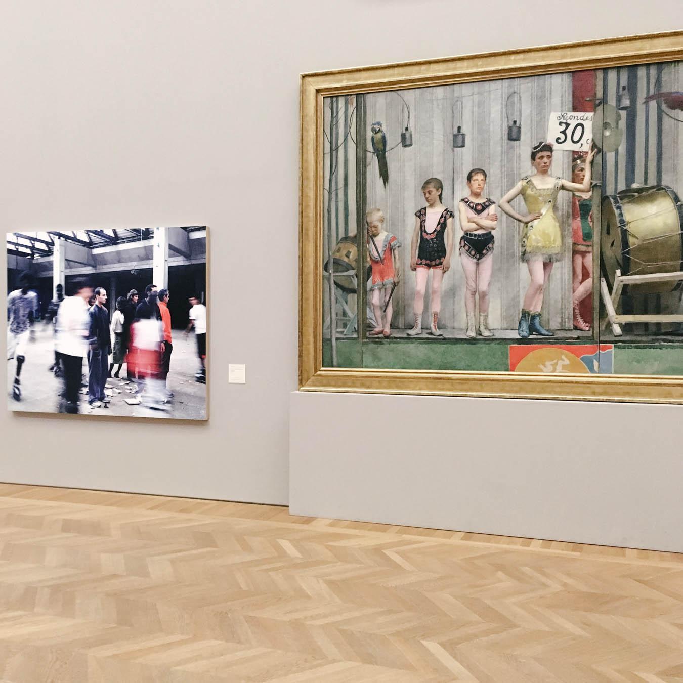 the photo exhibition archive-Valerie Jouve-2
