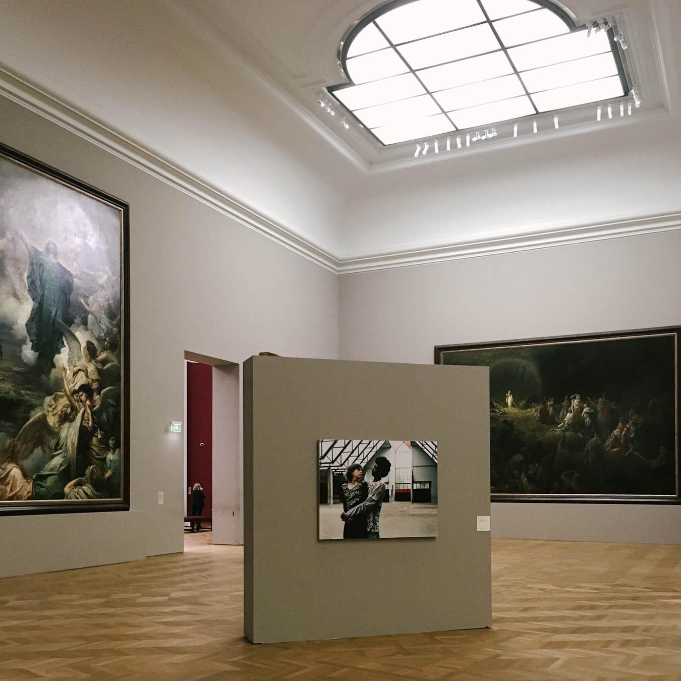 the photo exhibition archive-Valerie Jouve-5