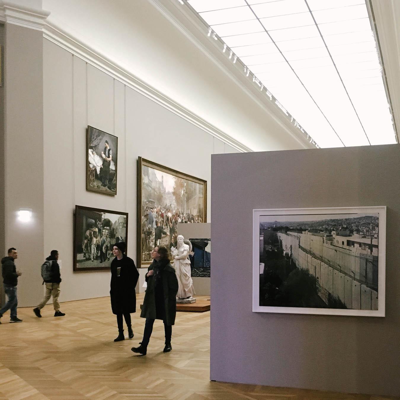the photo exhibition archive-Valerie Jouve-6