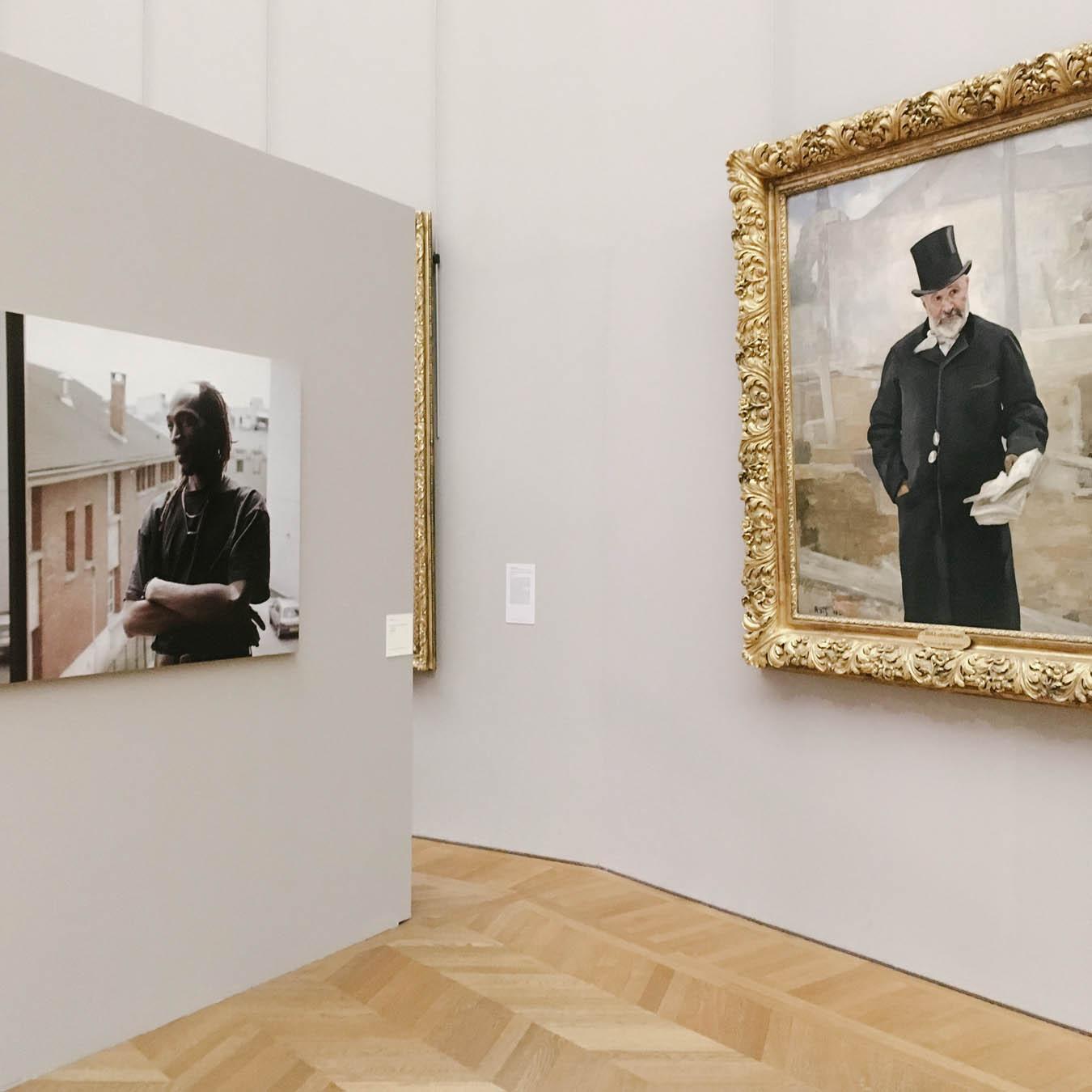 the photo exhibition archive-Valerie Jouve